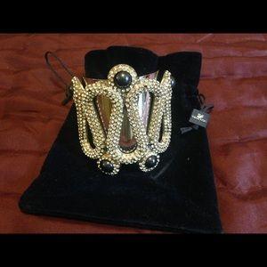 Women's accessories!